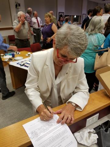 Beth Kerrigan, Kerrigan, Beth, West Hartford, CT, Connecticut, Town Council, Democrat